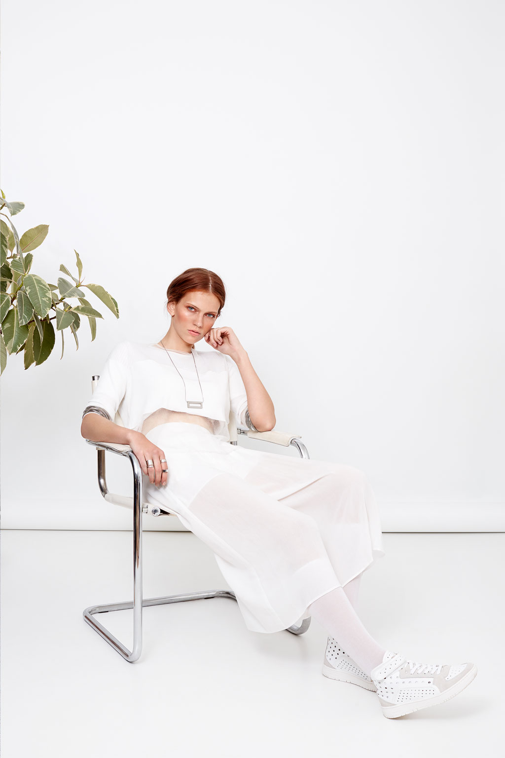 SHOT_FOTOGRAFIE_Katja_Schubert_munich_fashion_white_glaze_05