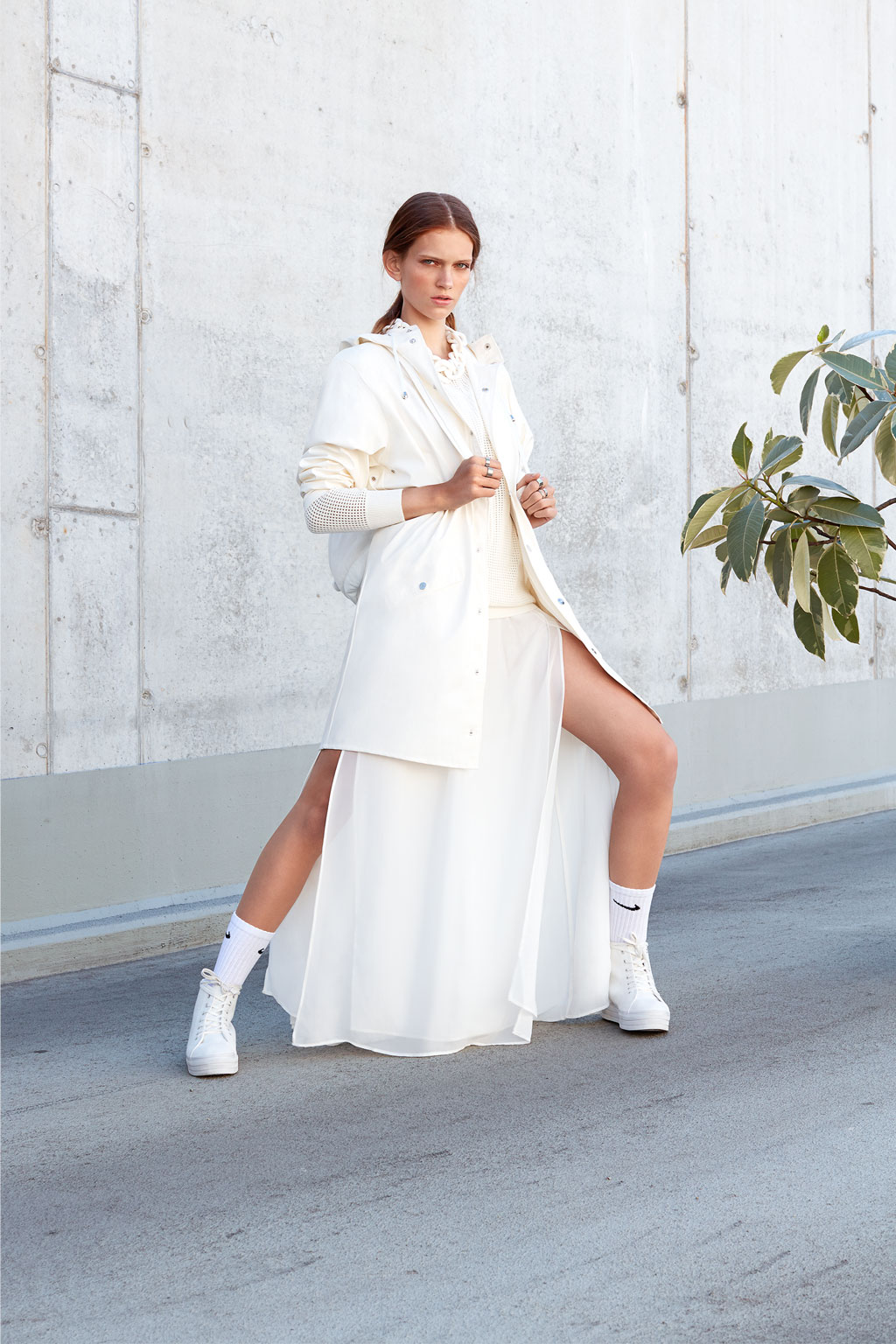 SHOT_FOTOGRAFIE_Katja_Schubert_munich_fashion_white_glaze_07